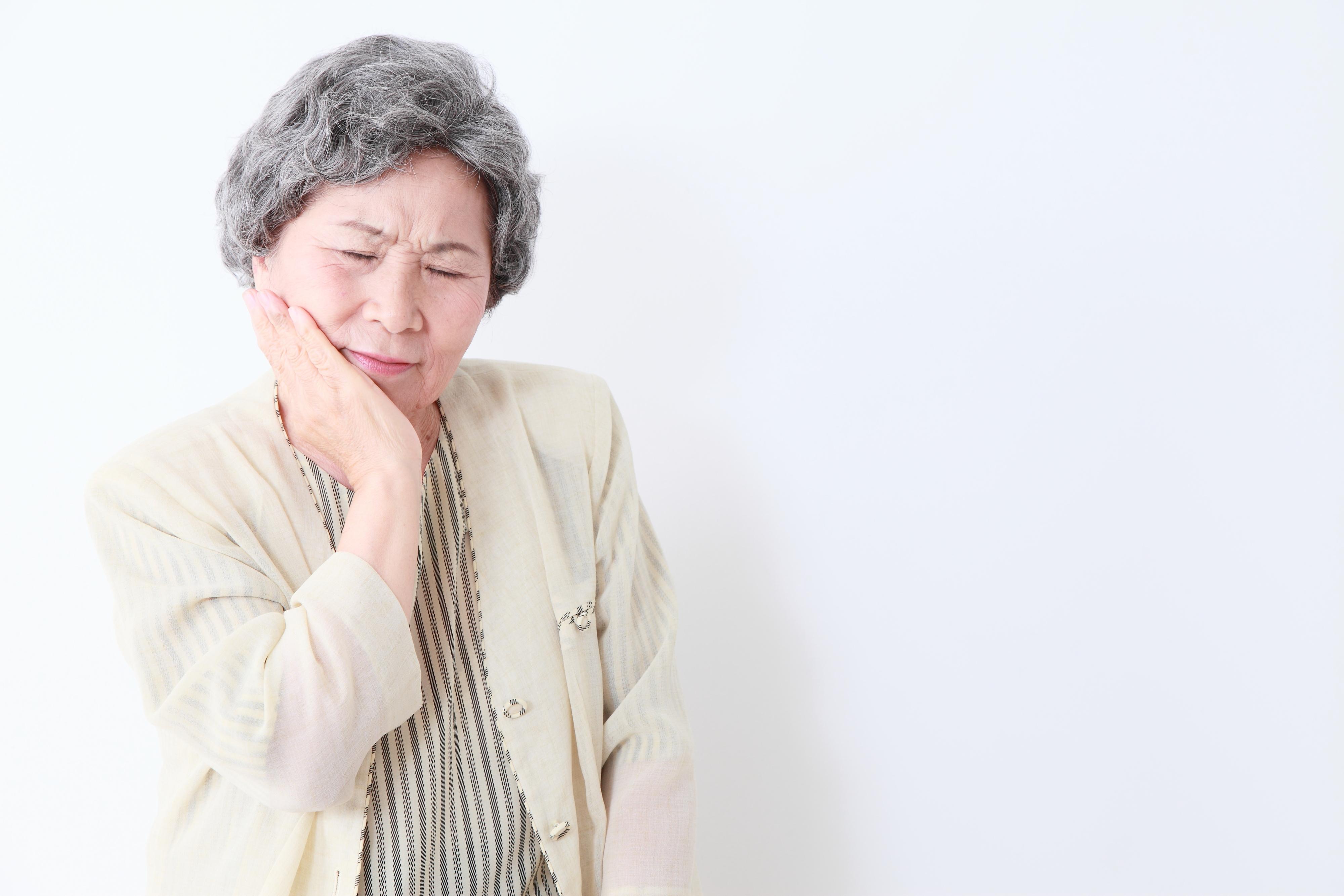 老化で歯を失うのは仕方ない?